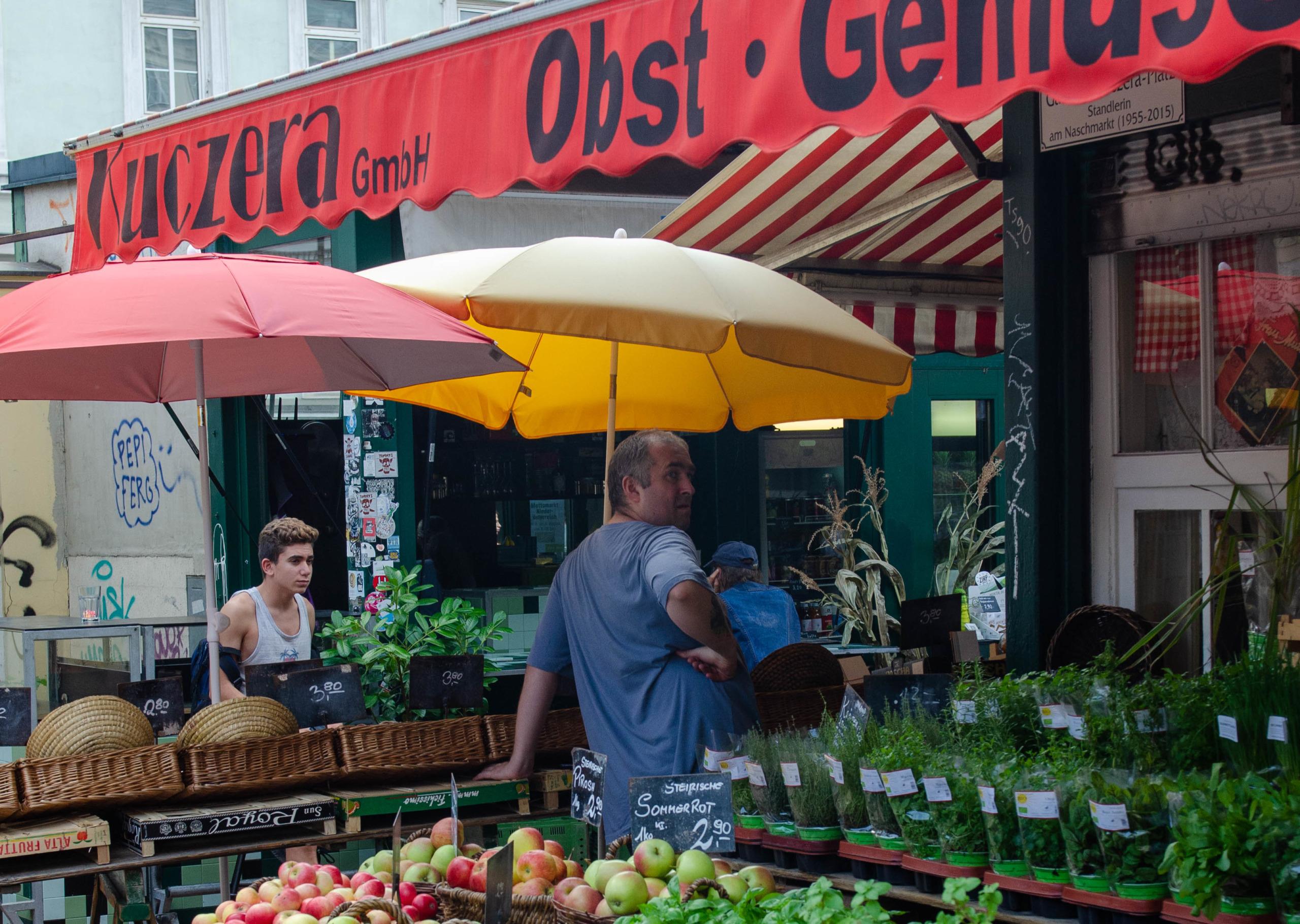 Der Naschmarkt ist bei Touristen eine beliebte Attraktion