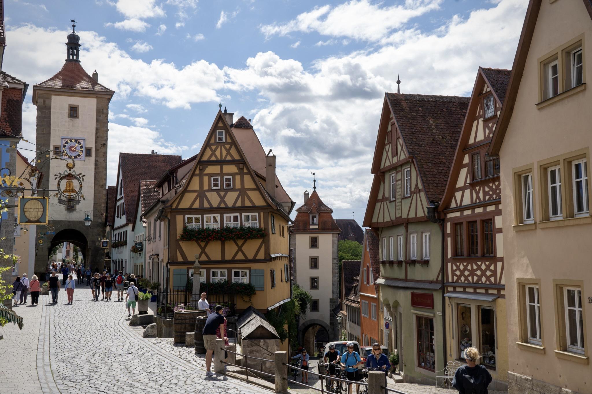 Rothenburg ob der Tauber in Franken ist eine der beliebtesten Städte