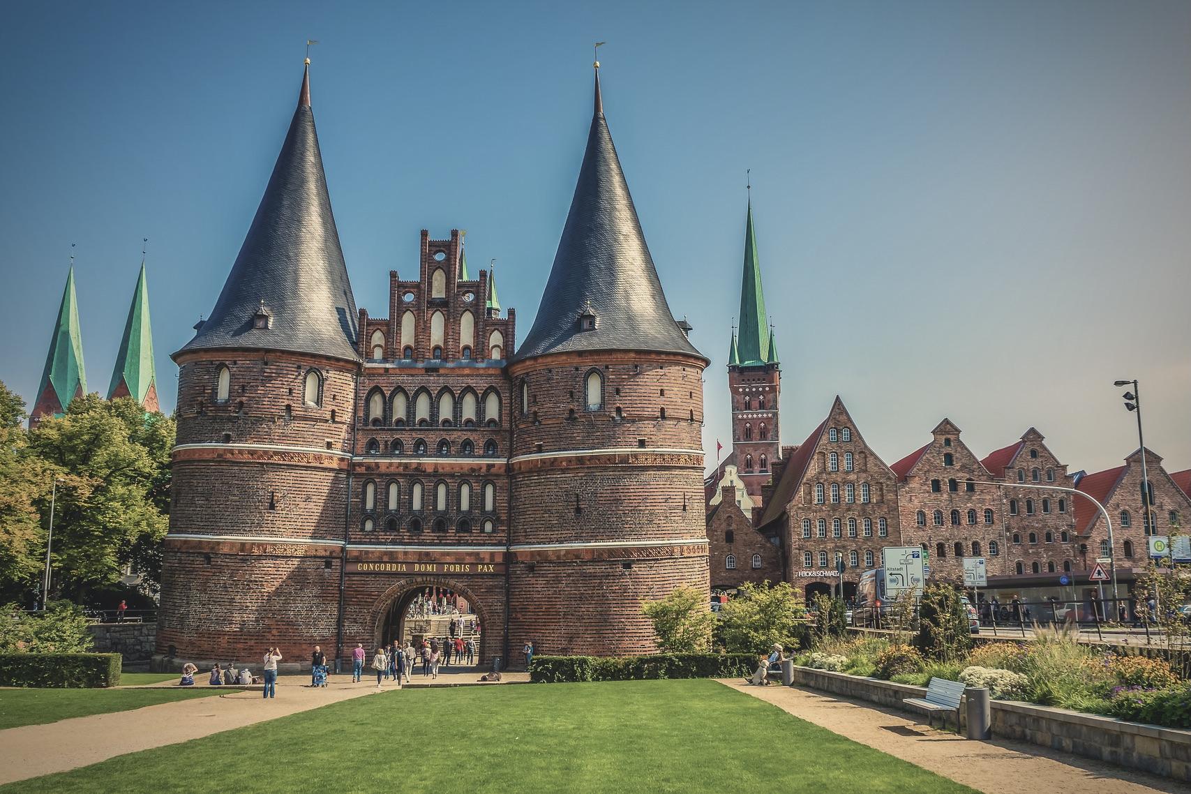 Das Holstentor in Lübeck ist eines der schönsten Sehenswürdigkeiten Deutschlands
