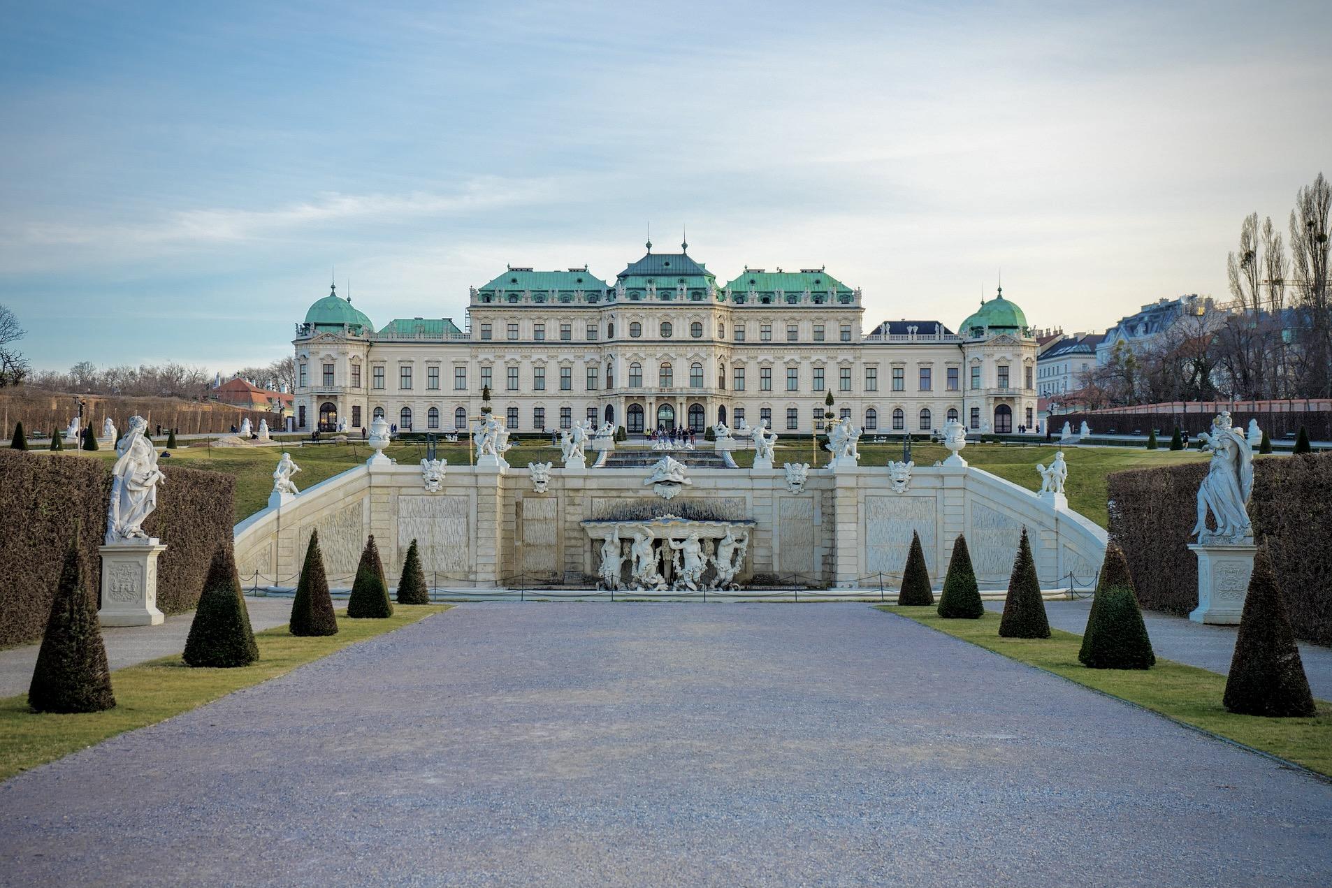 Wien Sehenswürdigkeiten wie das Museum und Schloss Belvedere sind ein Highlight