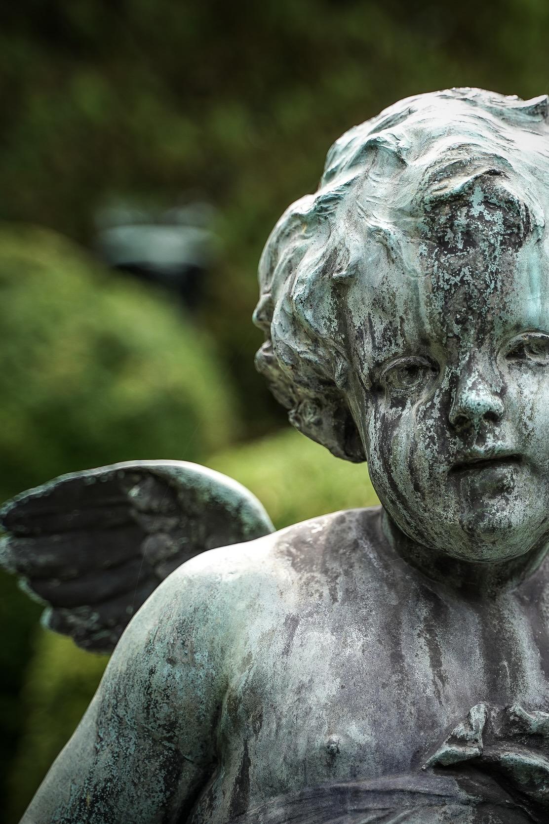 Eine Statue im Wiener Zentralfriedhof