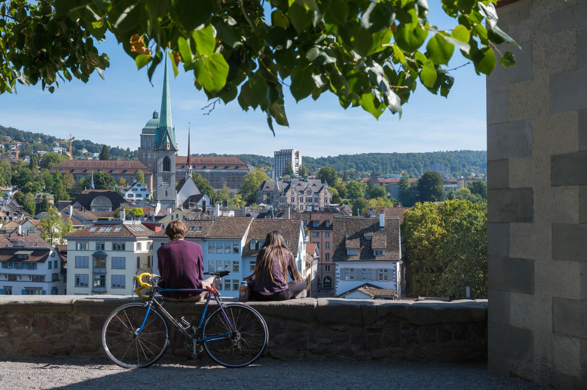 Ausblick vom Lindenhof in Zürich
