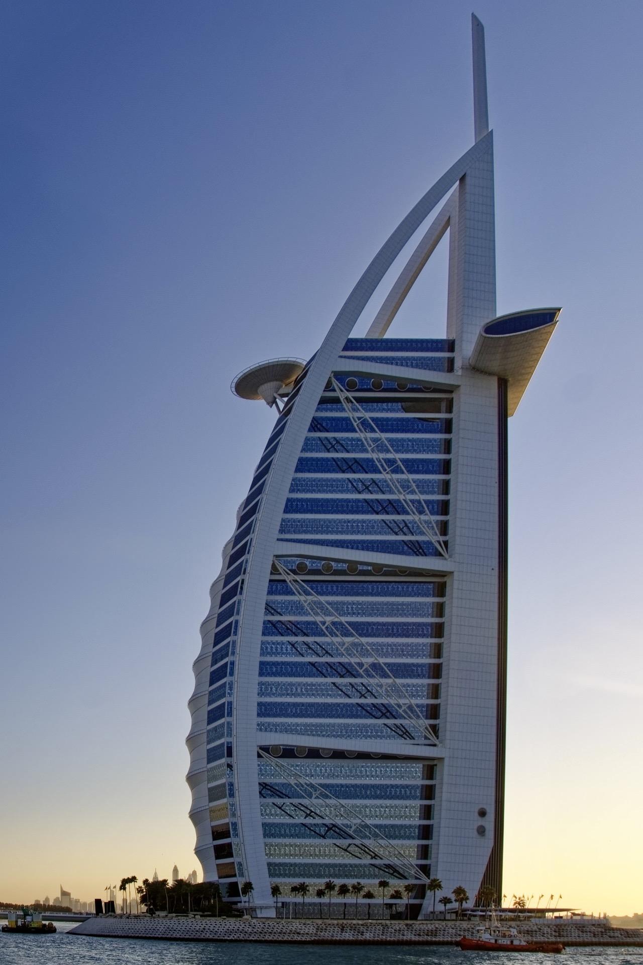 Zu unseren Dubai Tipps gehört auch der Besuch vom Burj Khalifa
