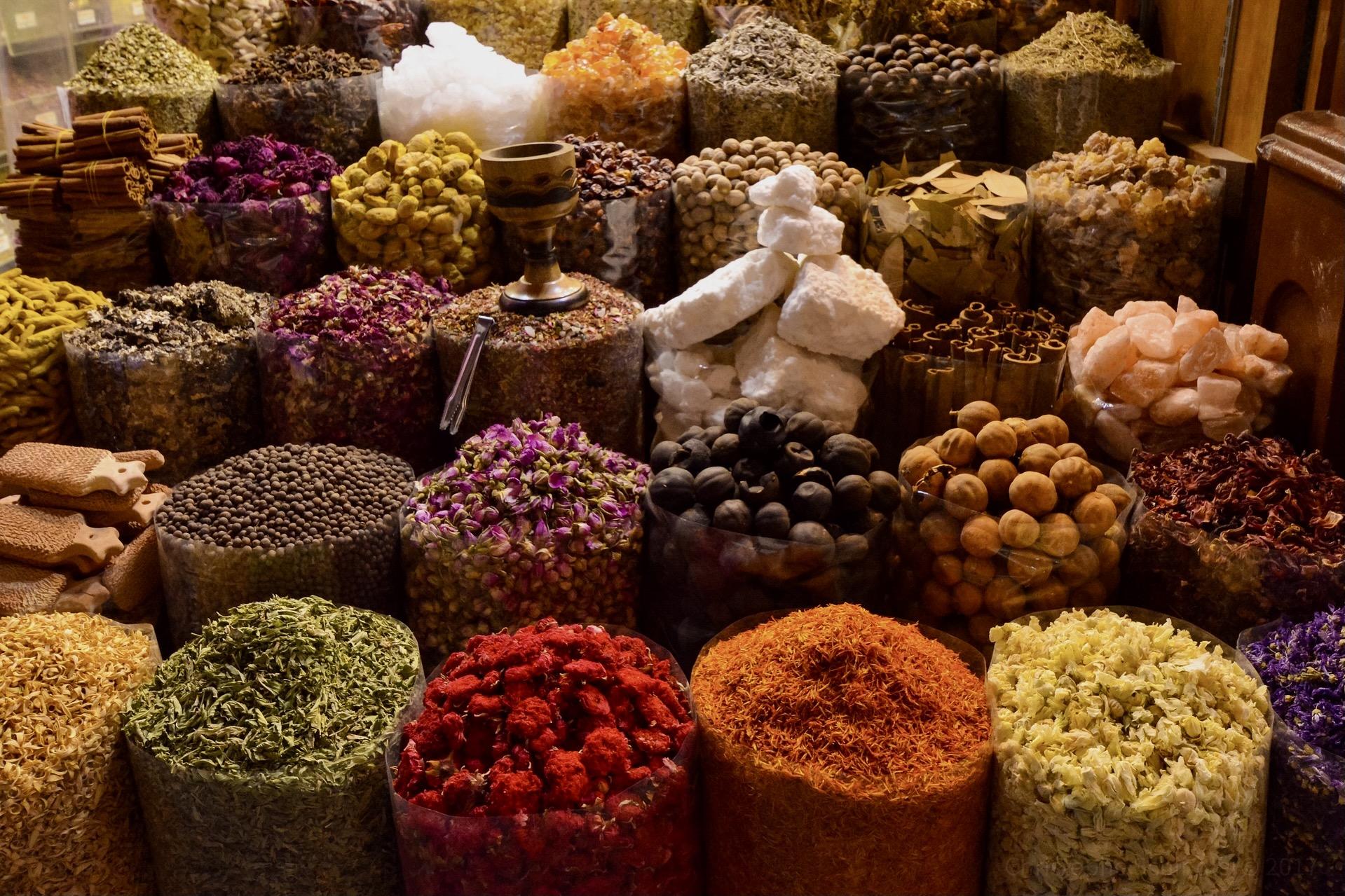 Essen und Trinken gehört zu unseren Dubai Tipps