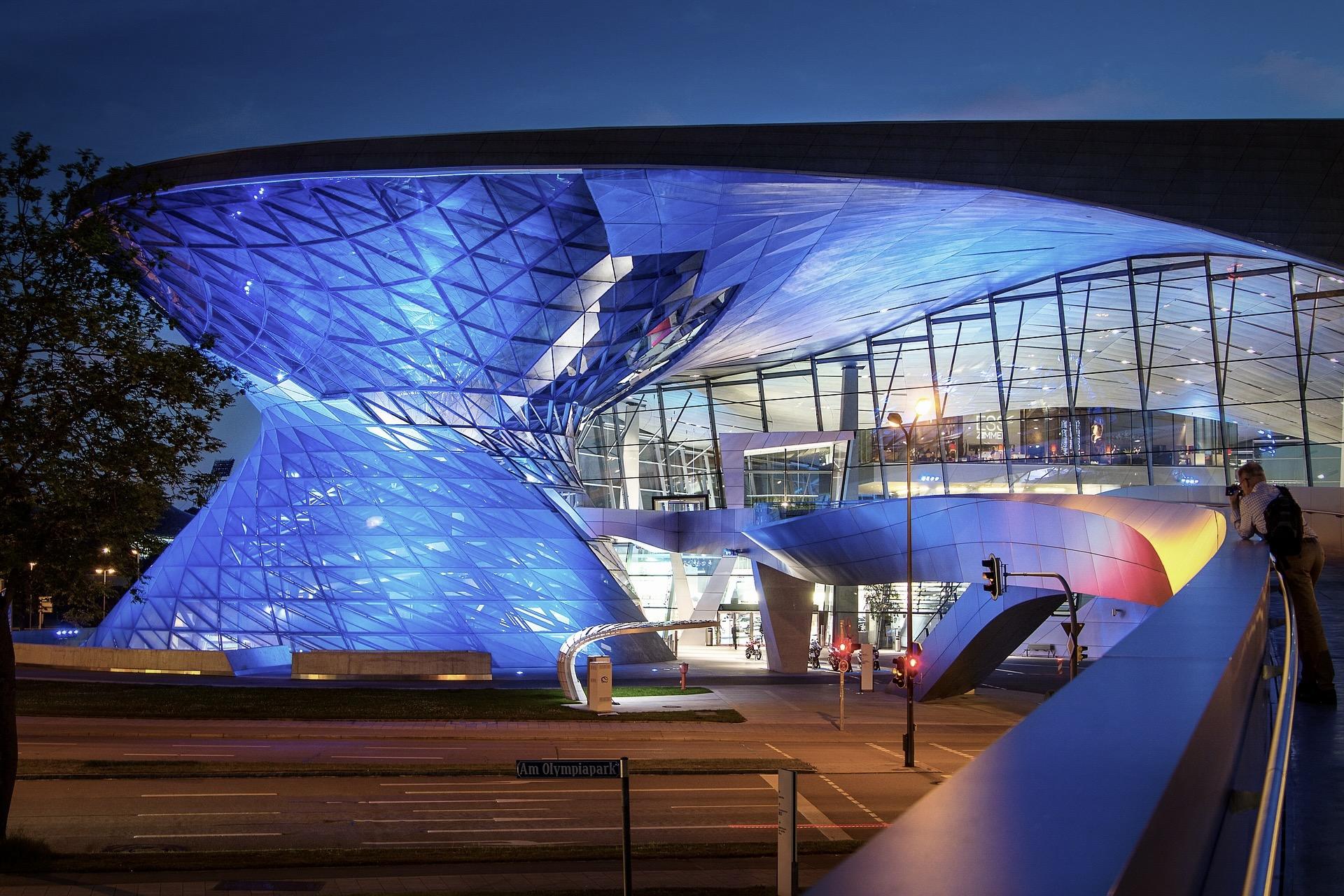 Das BMW Museum und die BMW Welt sind beliebte Sehenswürdigkeiten in München