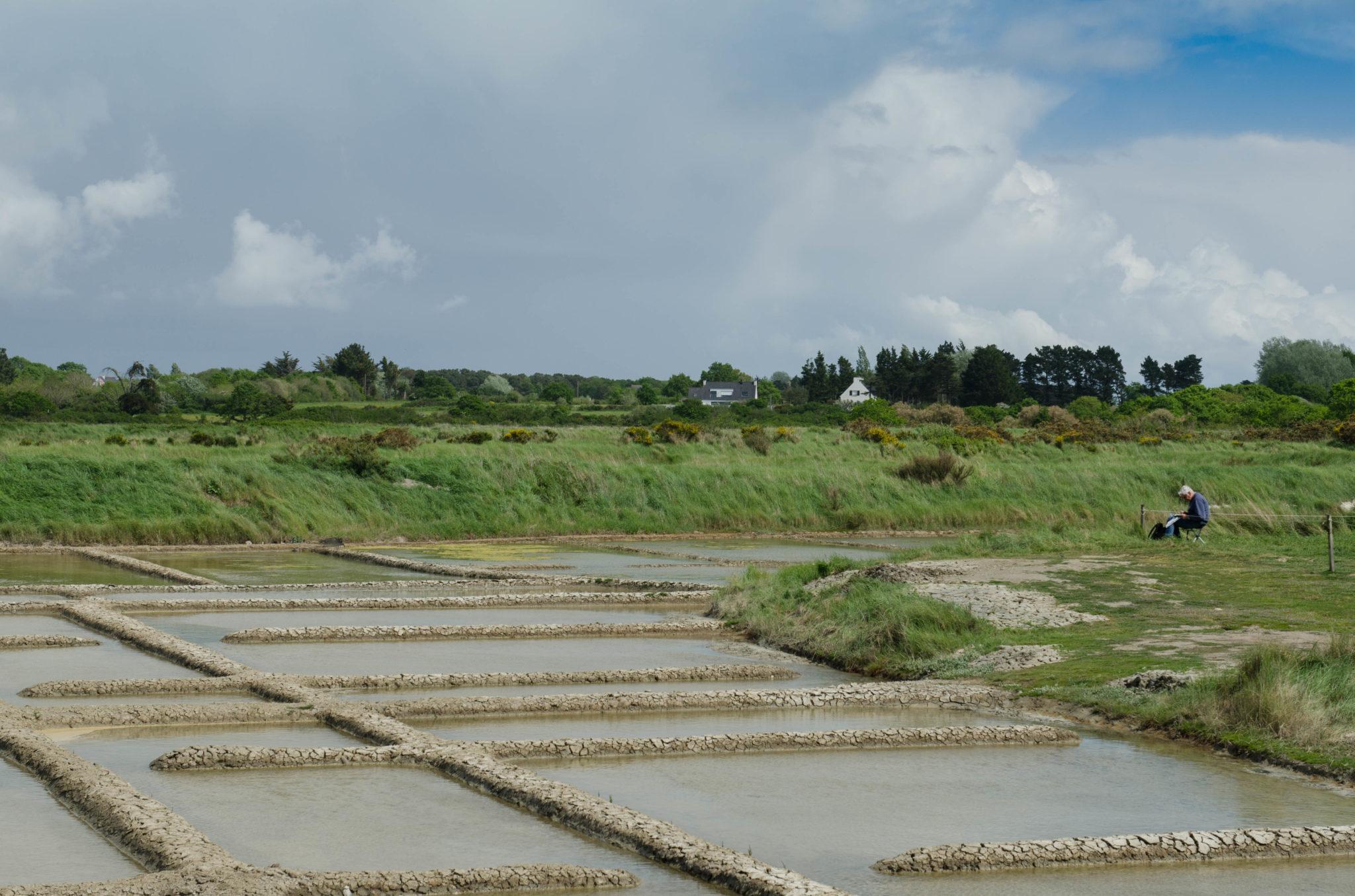 Salzfelder in der Bretagne gelten auch als Sehenswürdigkeiten in Frankreich