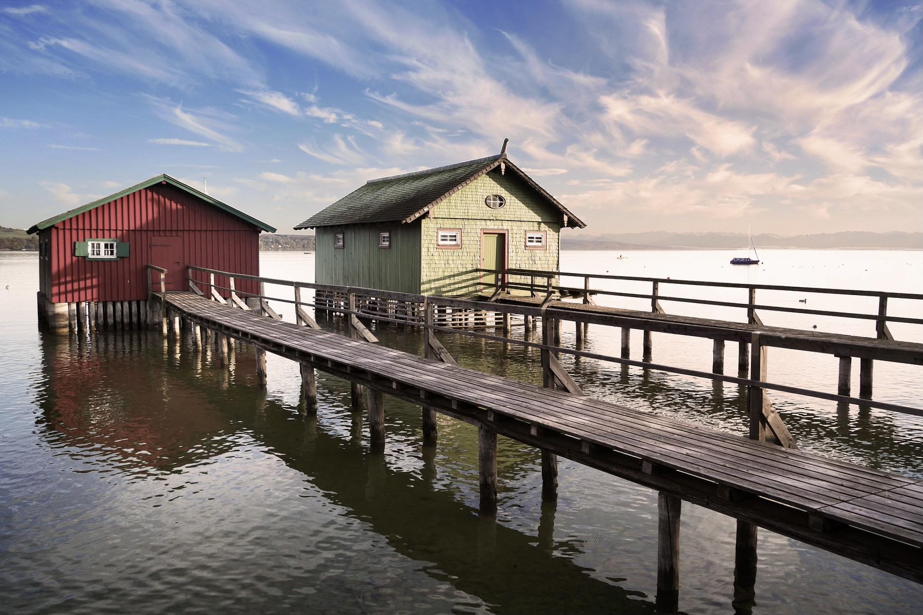 Der Ammersee ist einer der schönsten Seen in Bayern zum Baden