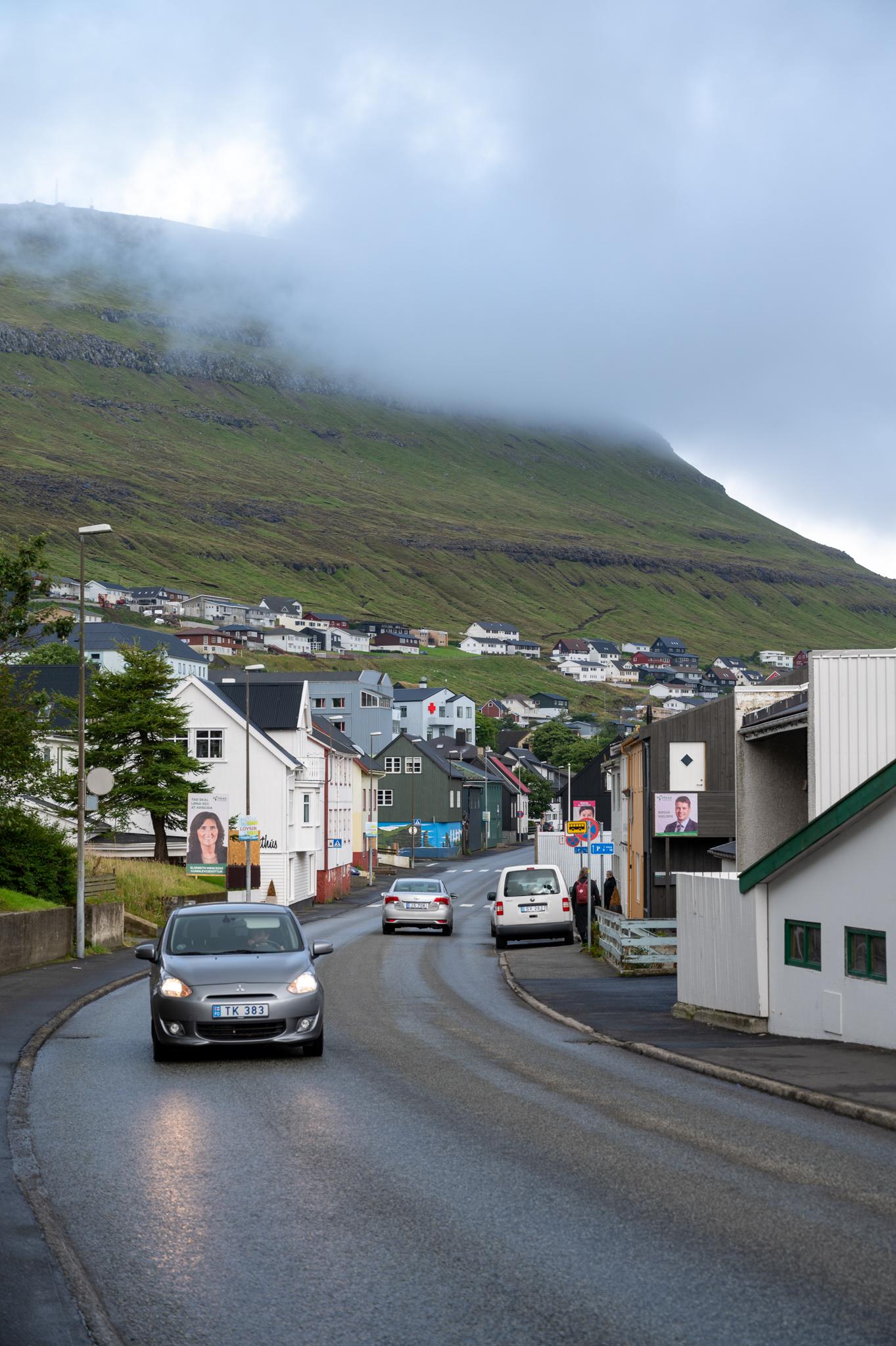 Mietwagen auf den Färöer-Inseln