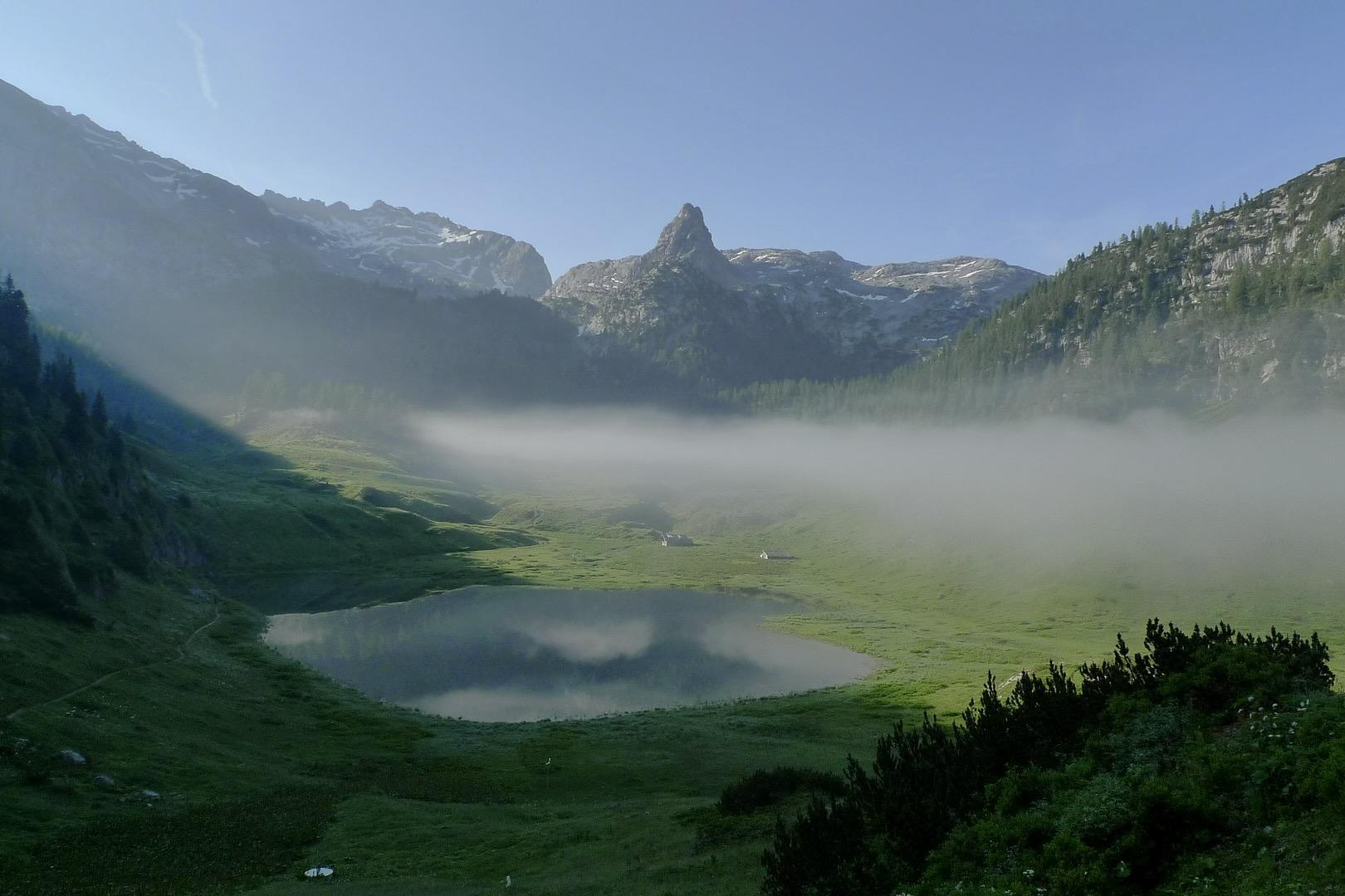 Der Funtensee ist ein See in Bayern