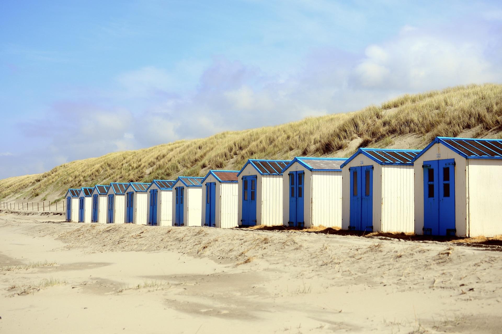 Strandhütten in Texel machen den Strand zu einem der schönsten in Holland