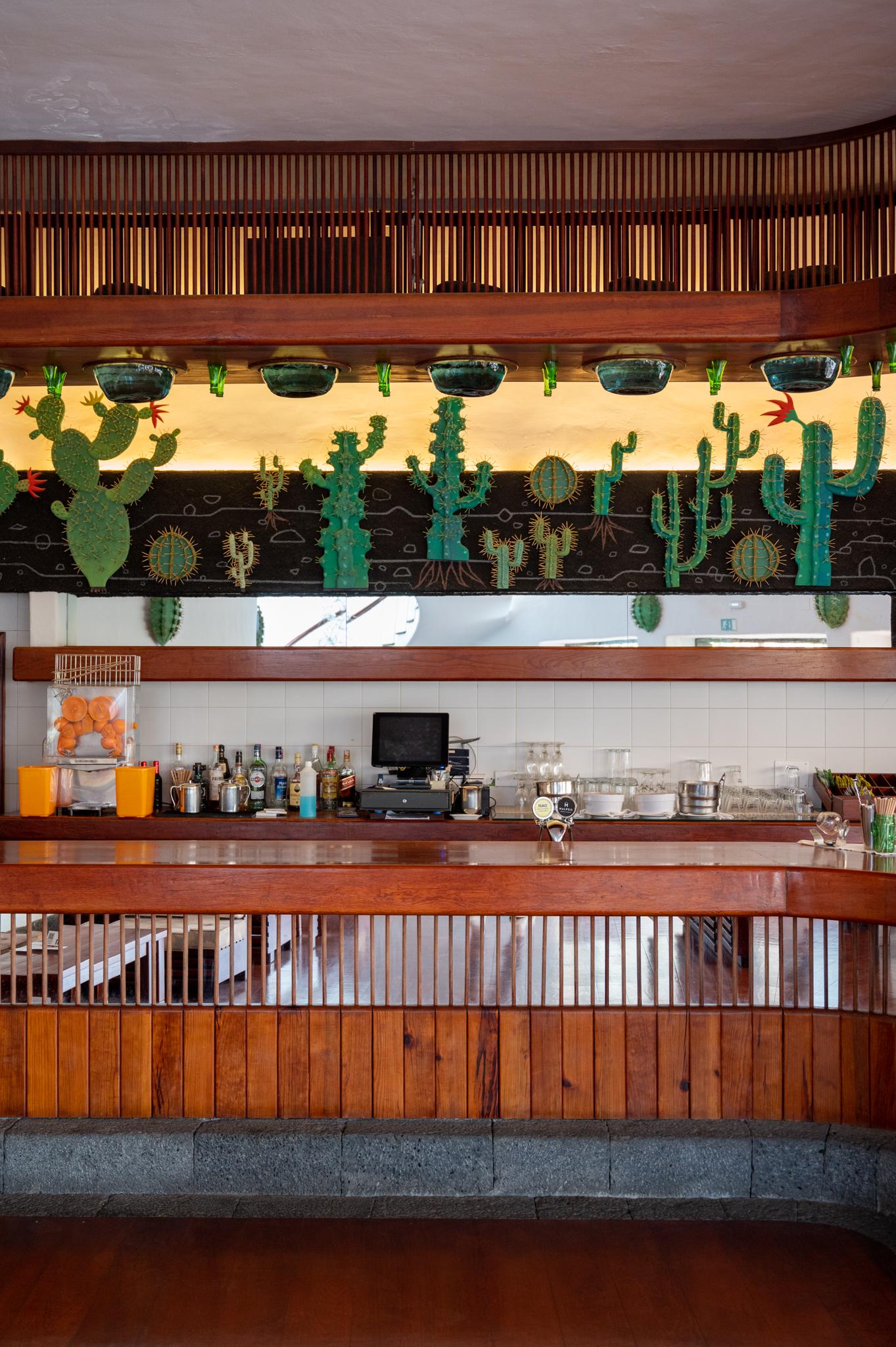 Bar im Kaktusgarten von Manrique