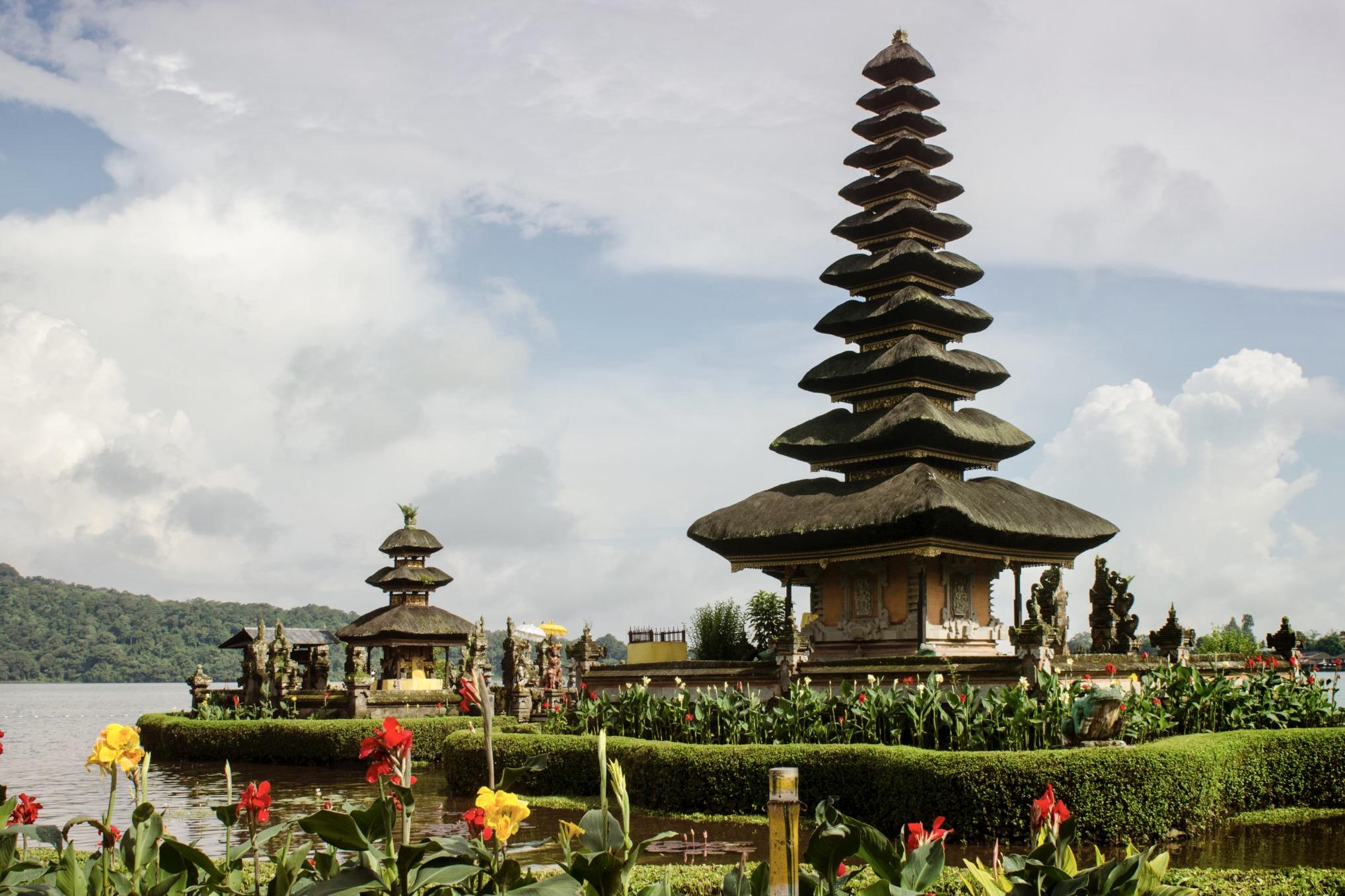 Ein Tempel in Bali in Indonesien