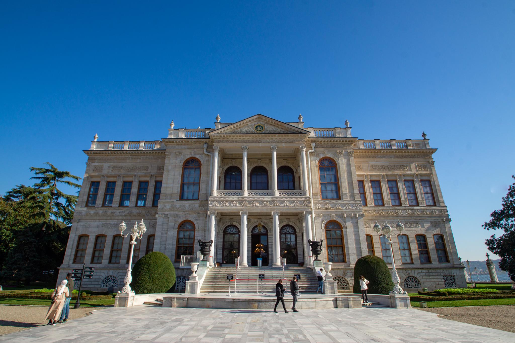 Istanbul Sehenswürdigkeiten: Dolmabahce Palast