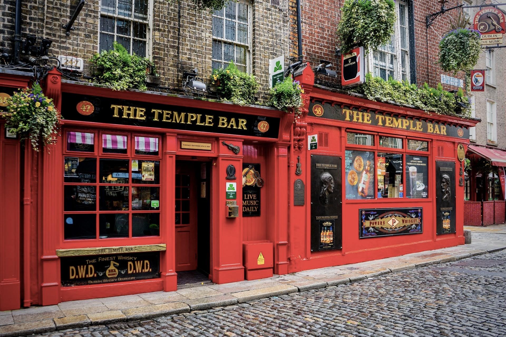 Temple Bar in Dublin zählt zu den beliebten Mai Reisezielen