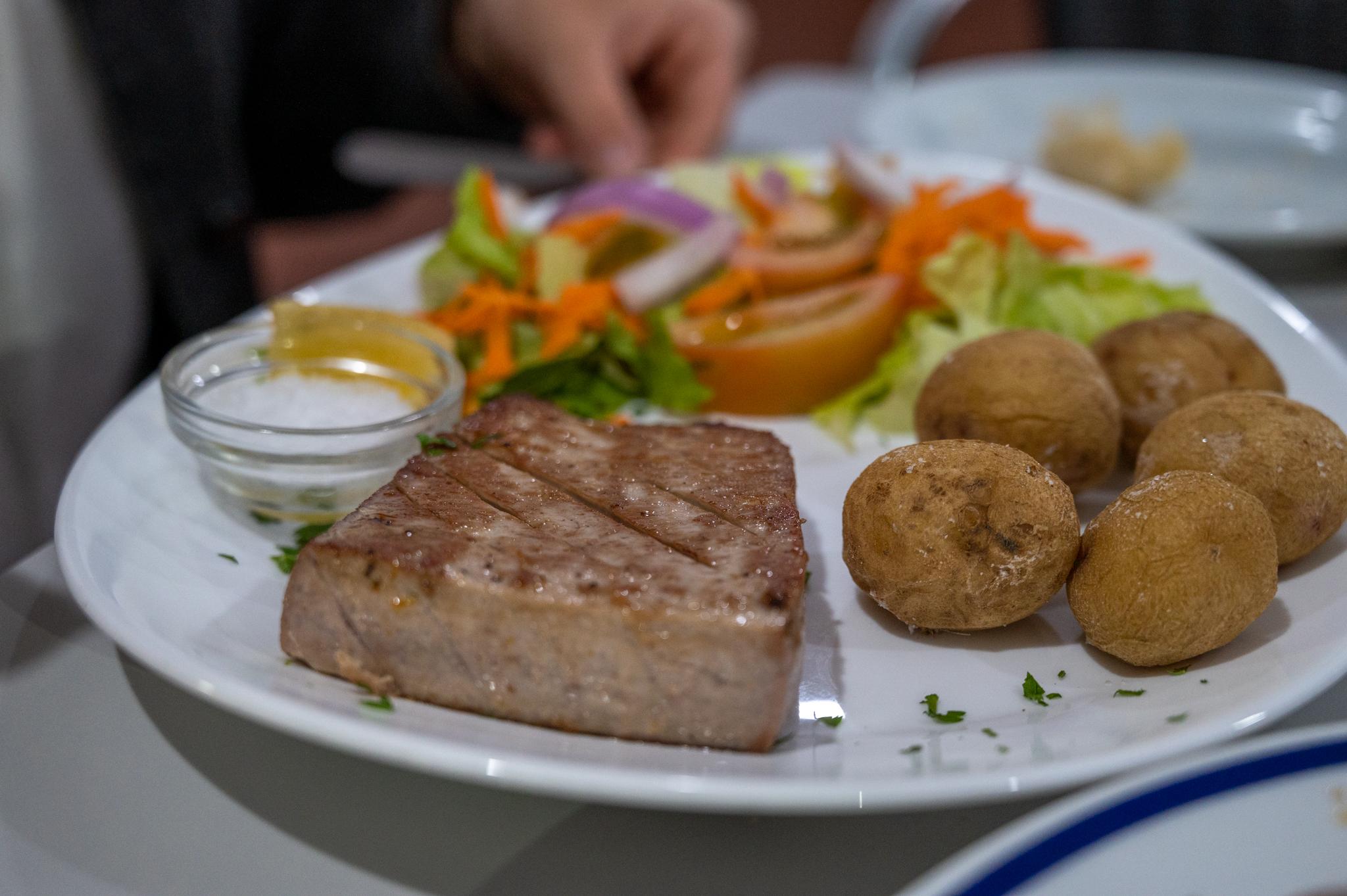 Thunfisch im Teleclub Mozaga