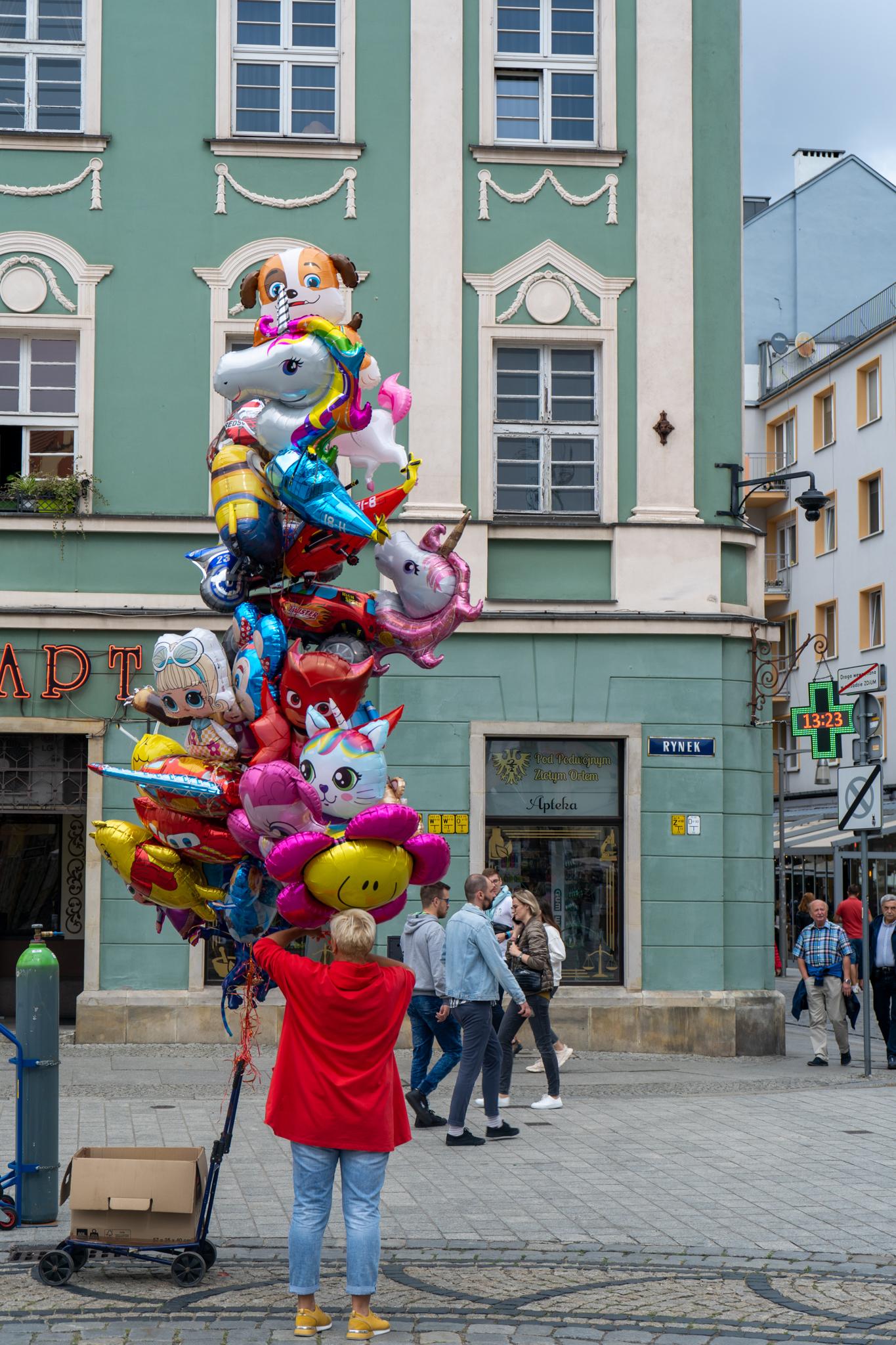 Luftballons auf dem Rynek in Breslau
